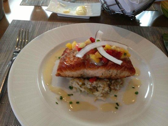 Sea Porch Restaurant: Wild Roasted Salmon
