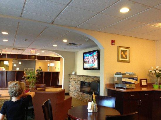 Holiday Inn Express Absecon - Atlantic City Area: Zona de desayuno
