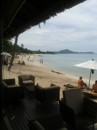 Impiana Resort Chaweng Noi: Dal bar