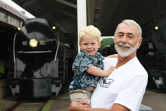 Virginia Museum of Transportation: Grammy and Henry and the 611