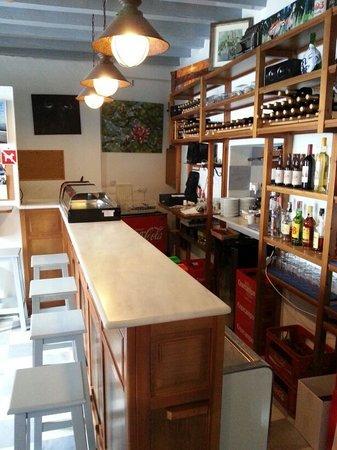 Restaurante bar abacer a la oficina en vejer de la for Bar la oficina