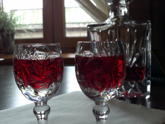 Amber Hotel : Complimentary Cherry Vodka