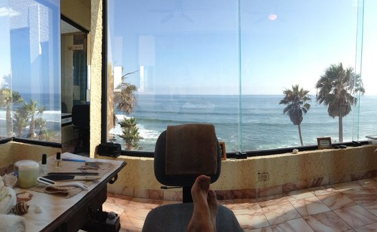 Las Rocas Resort and Spa: Pedicure View