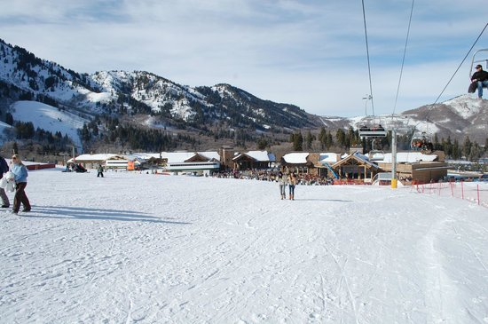 Snowbasin Resort: Beginner run looking at main lodge area.