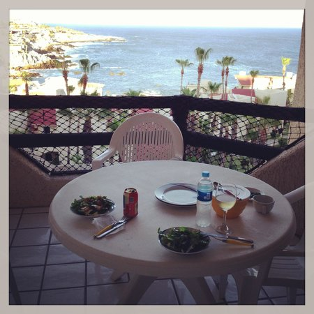 Misiones del Cabo: Dinner on the balcony with a view!