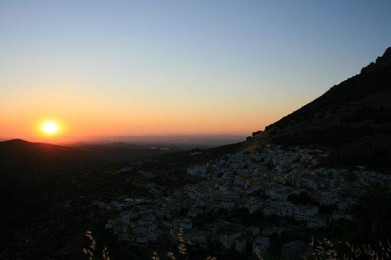 Hotel Rural Puerto Magina: Puesta de sol desde el mirador de Torres