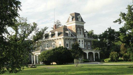 Cylburn Arboretum: Cylburn Mansion House