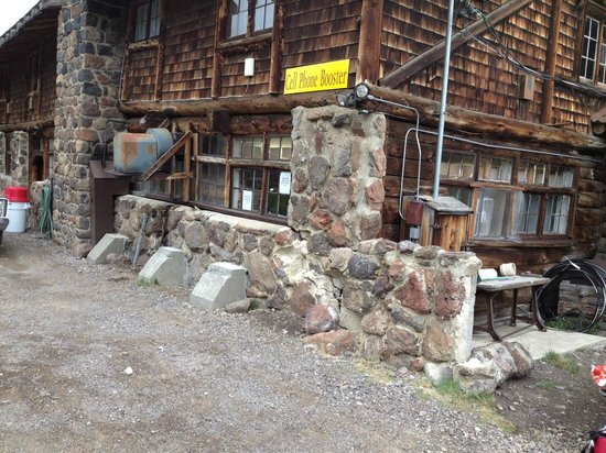 Fish Lake Resorts : Cell phone booster area where you have to stand to make calls