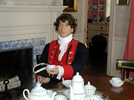 John Paul Jones House: JPJ at Tea!