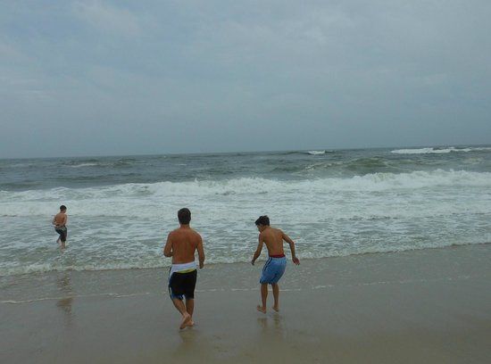 Fire Island, NY: glorious waves