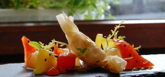 Restaurant Cavallerie: Ziegenkäsebonbon mit Melone und Paprika