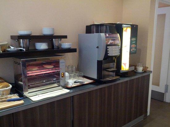 Itaca Malaga: Buffet desayuno