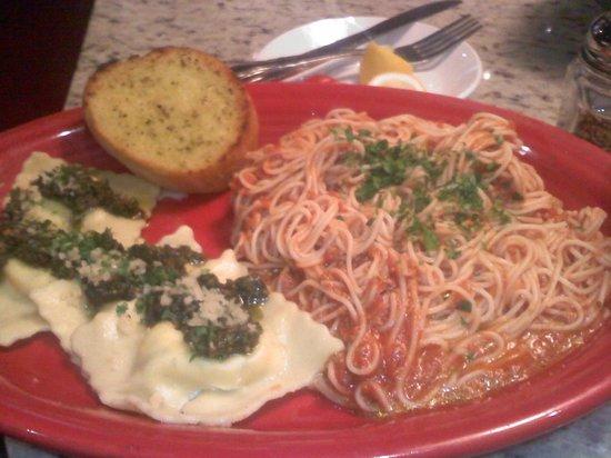 Benetti's: Pesto covered Cheese Ravioli and angel hair spaghetti with garlic bread!