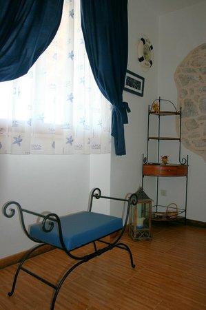 Villa Perka: The Lavanda livingroom detail