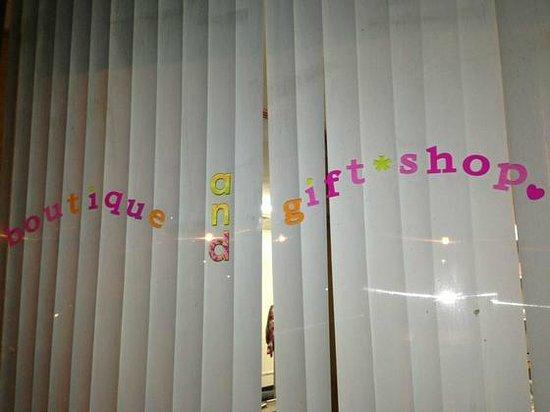 JuneBug'z Garden: Their front window