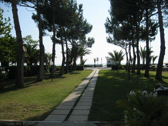 Hotel San Remo: vista ingresso dall'interno