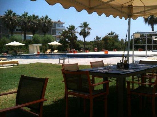 AC Hotel Gava Mar: Piscina