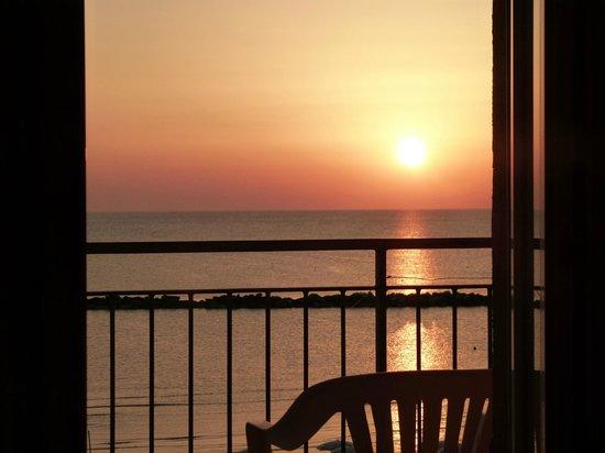 Hotel Astoria: Dal balcone della camera