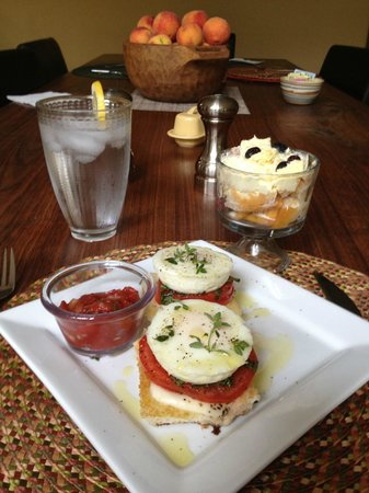 Makanda Inn & Cottages: Another delicious breakfast!