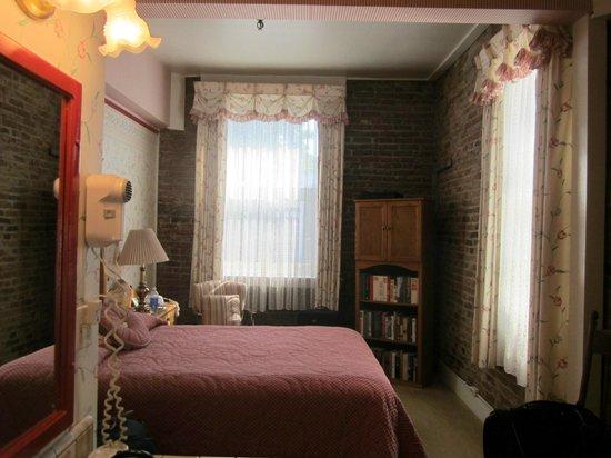 Jacksonville Inn: Room 5