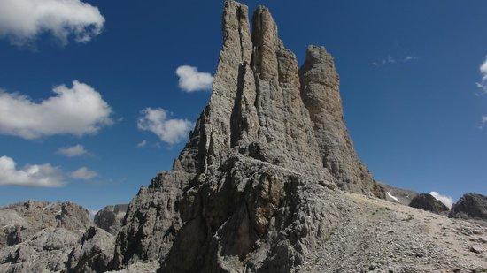 Gruppo Dolomitico Sciliar-Catinaccio, Latemar - UNESCO : View from Rifugio Alberto- 2.600m