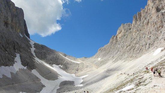 Gruppo Dolomitico Sciliar-Catinaccio, Latemar - UNESCO : From Rif. Alberto further up to Passo Santner