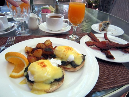 Jacksonville Inn: Portobella mushroom eggs benedict.  The bacon is to die for.