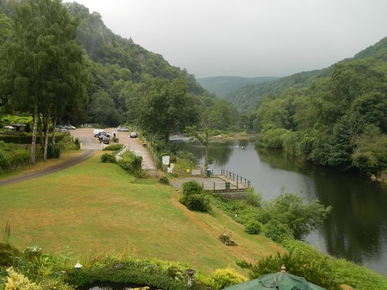 Forest View Guest House: The Royal Forest of Dean and River Wye