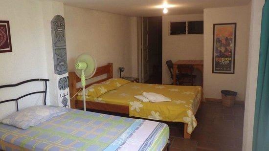 Iguana Hostel: Chambre privée avec salle de bain