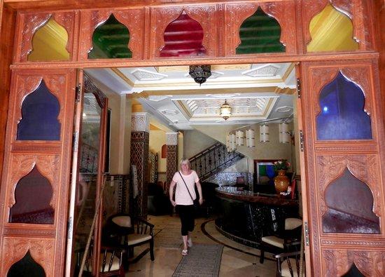 Essaouira Wind Palace: Riad entrance