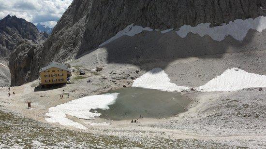 Gruppo Dolomitico Sciliar-Catinaccio, Latemar - UNESCO : View  from ascent to Rifugio Passo Santner down to Rif.Alberto