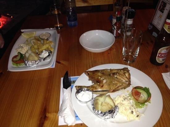 Lighthouse Tavern: 1/2 roast chicken (lemon & pepper)