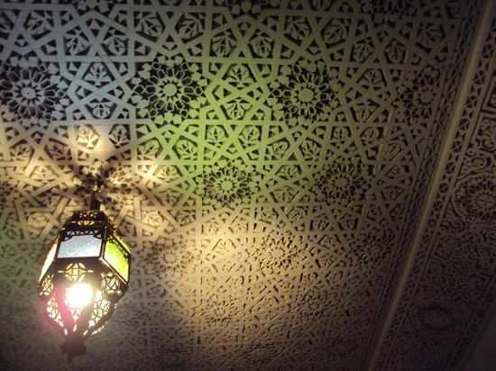 Riad Massin: room's ceiling