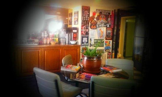 BEST WESTERN Colorado River Inn: LOBBY AREA