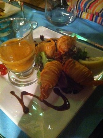 Restaurant Le G' envie : grosses crevettes enrobées de pommes de terre en spaghetti
