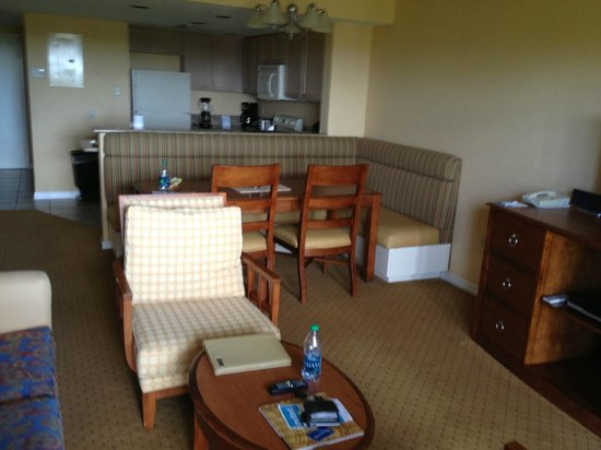 Wyndham Palm-Aire: Spacious dining area