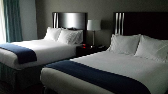 Holiday Inn Express & Suites Selinsgrove: Double queen room