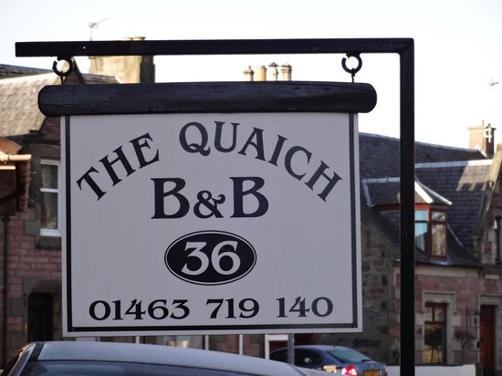 The Quaich Bed and Breakfast : sign