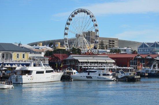 V & A Marina Waterfront Accommodation: V & A Waterfront