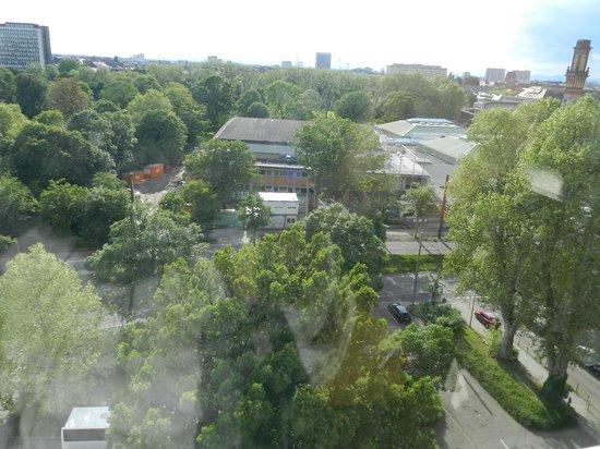 Leonardo Hotel Karlsruhe: View from room