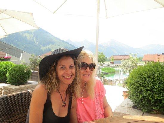 Wellnesshotel Engel: eu e minha amiga.