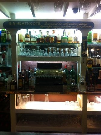 Netherstowe House Hotel: well stocked bar