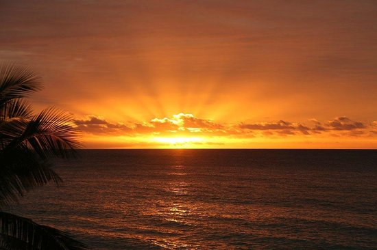 Yasawa Island Resort and Spa: Beautiful sunset at Yasawa
