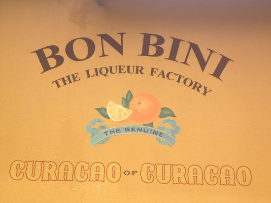 La Maya Beach Luxury Apartments: Curacao liquer factory