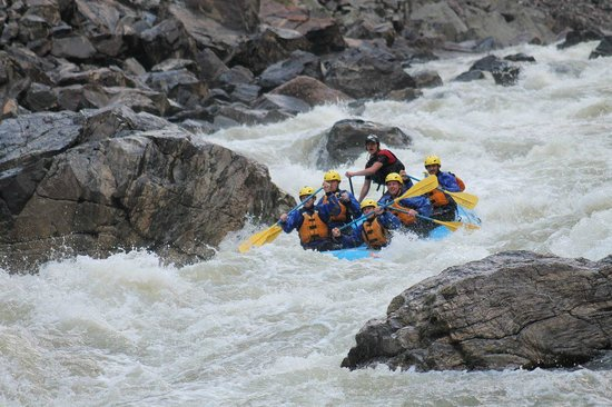 Liquid Descent Whitewater Rafting: Choice Gore Rafting