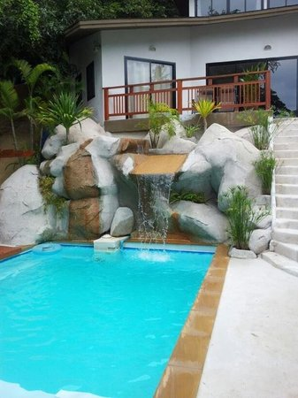 Sojourn Villas: Pool