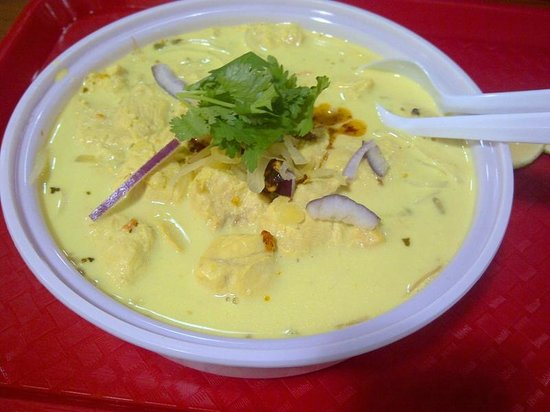 Jackie's Thai : Super yummy Chaing Mai Noodles soup.