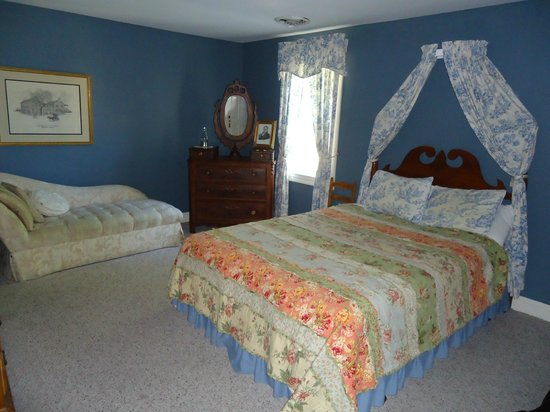 Old Talbott Tavern: The bedroom