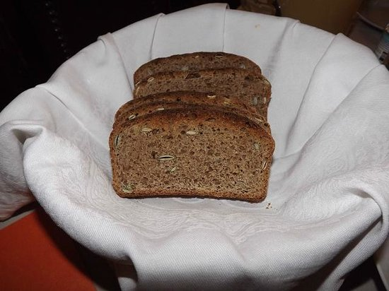 Claggan Farm Vegan B&B: Homemade sourdough bread