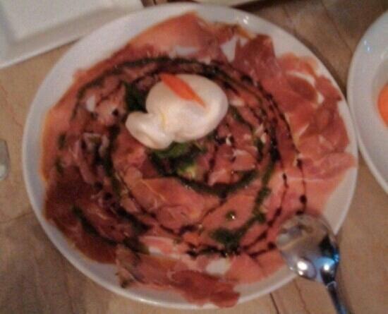 Cassariano Italian Eatery: Special Buffalo Mozzarella